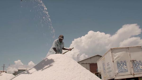 Haiti: How salt can help fight a debilitating disease
