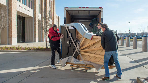 Moving Day: O'Neill Hall