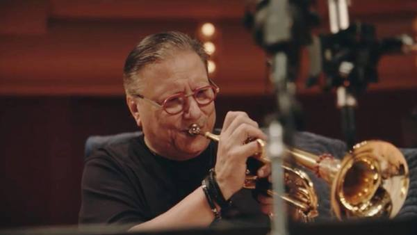 Arturo Sandoval records Christmas album with Notre Dame Children's Choir